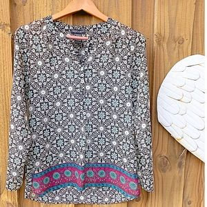 About a girl tunic size M long sleeves